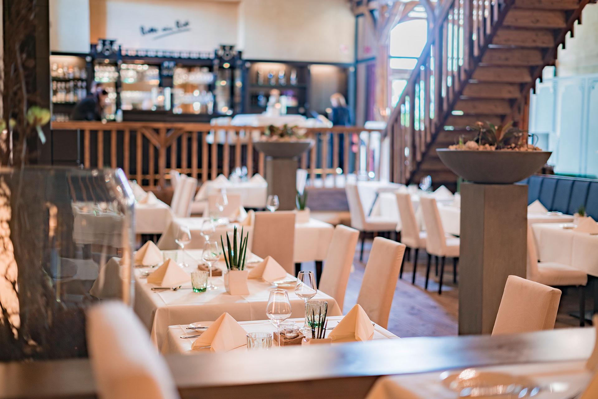 Unser Restaurant im Schloss Niederweis